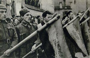Dabrowszczacy przysiegaja wiernosc sprawie Republiki.jpg
